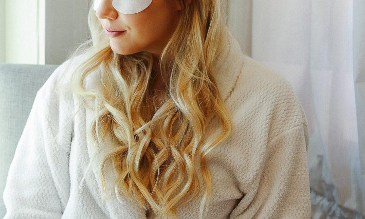 VII Code under eye anti-aging treatment