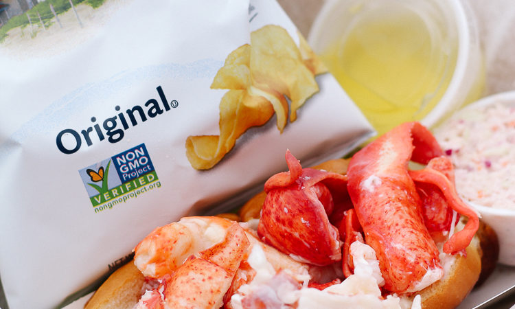 maine lobster, lobster roll, lobster roll in maine, where to get lobster in maine, best lobster roll in maine, mcloons lobster shack, spruce head maine,