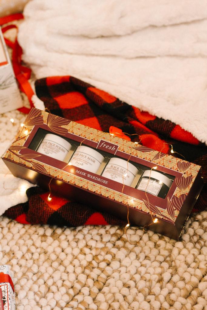 mask wardrobe fresh beauty holiday gift idea